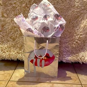 Kylie cosmetics rare holiday bag & tissue pAper
